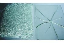 Giải mã nguyên nhân kính cường lực trong nhà tự vỡ